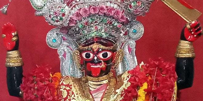 রামপ্রসাদের গলায় শ্যামাসংগীত শুনে কেঁদে ফেললেন বাংলার নবাব সিরাজ